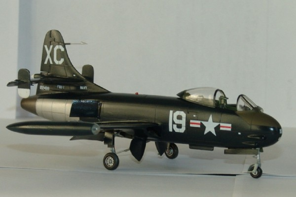 VOUGHT F6U-1 PIRATE