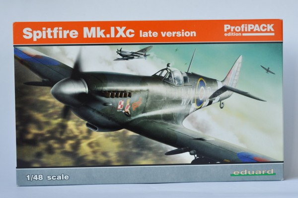 Обзор модели самолета Spitfire Mk.IXc late version: Англичанин чешского происхождения Eduard 1/48 от HobbyDelux
