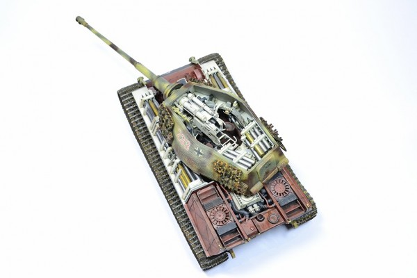 Модель танка King Tiger Henschel Takom 1/35 от Accord