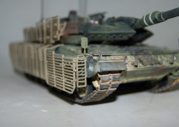Модель танка Leopard 2A6M CAN Hobby Boss 1/35 от AlexPreo