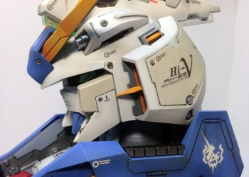 Бюст меха RX-93 Hi-V Gundam Head model 1/35 от Alexei_UA